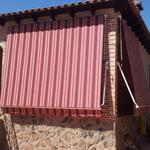 Foto de toldo instalado por toldos narcea en madrid