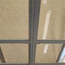 Foto de la instalación de una veranda por toldos narcea